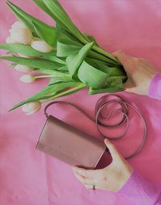 Mini Tasche / Minibag  in rosa (dusty rose) - perfekt für das Frühlingsoutfit Shopper, Sandals, Bags, Fashion, Pink, Accessories, Pocket Wallet, Handbags, Moda