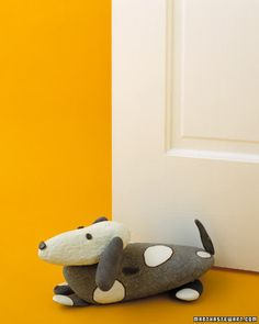 what the what? A doggy doorstop made from rocks!