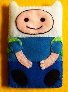 Adventure Time Finn iPod Touch/iPhone Felt Case. Backpack holds the headphones!