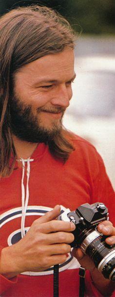 David Gilmour with camera, Knebworth, Hertfordshire, England, United Kingdom, 1975, photograph by Nik Wheeler.