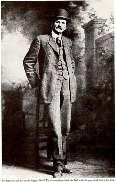 Pat Garrett - The lawman's most famous kill did not come from a gun battle. In he snuck into Pete Maxwell's house and shot notorious outlaw Billy the Kid to death. Vintage Photographs, Vintage Photos, Rare Photos, Wild West Outlaws, Pat Garrett, Westerns, Old West Photos, Cowboys And Indians, Real Cowboys