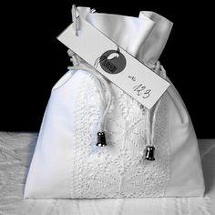 KakaduArt - poduszki.simplesite.com Raincoat, Pouch, Jackets, Fashion, Rain Jacket, Down Jackets, Moda, La Mode