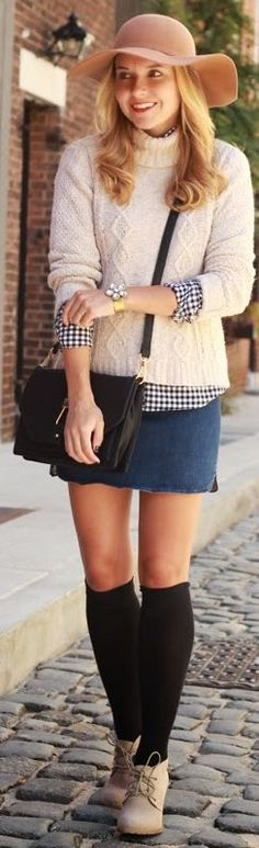 Blue And White Gingham Print Button Down~cute from the skirt up