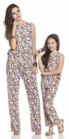 Mommy and Me Fashion / Matching Outfits Mother Daughter Fashion, Mother Daughter Matching Outfits, Mommy And Me Outfits, Family Outfits, Mom Daughter, Girl Outfits, Beautiful Dresses For Women, Cute Casual Outfits, Teenager Outfits