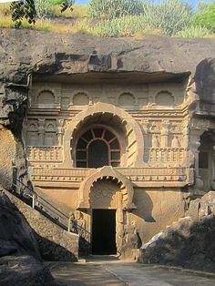Chaitya facade at Pandavleni Caves. Indian Rock Cut Architecture, Temple Architecture, Khajuraho Temple, Hampi, Ajanta Caves, Weather In India, Ancient Indian Art, Temple India, Digital Art Fantasy