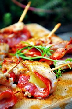 Veal Piccatas with Chorizo and Comté - recette - Meat Recipes Easy Cooking, Cooking Recipes, Veal Recipes, Salty Foods, Bbq Meat, Snacks Für Party, Barbacoa, Appetisers, Italian Recipes