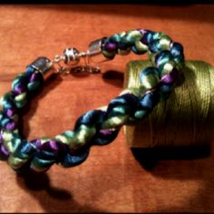 Peacock bracelet for Sam....  i love this, thank you!  the colors are so awesome :)