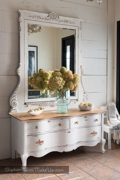 At a time when the trend is nesting, we want a cozy room where to lounging, not just sleeping. Cheap Living Room Furniture, Painted Furniture, Home Furniture, Furniture Trends, Home Decor, Paint Furniture, Next Furniture, Furniture Makeover, Old Kitchen Tables