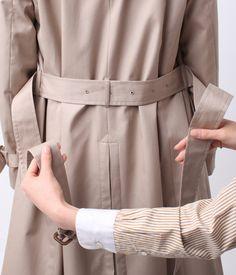 写真でわかる!トレンチコートベルトの結び方定番4パターン – lamire [ラミレ] Fashion Outfits, Womens Fashion, My Style, How To Wear, Jackets, Clothes, Beauty, Design, Trench Coats
