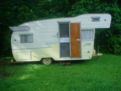 One Owner Shasta Travel Trailer 16' Astrodome