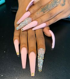 80 ideas to create the best Halloween nail decoration - My Nails Bling Acrylic Nails, Best Acrylic Nails, Bling Nails, Matte Pink Nails, Acrylic Nail Designs, Claw Nails, Aycrlic Nails, Nail Swag, Nagel Bling