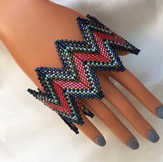 red and turquoise, zig zag bracelet,perles japonaises,geometric jewelry,Beaded bracelet,Triangle bracelet,Handmade jewelry,Geometric pattern by unikatart on Etsy