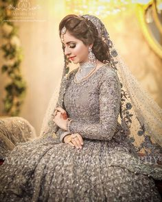 Gorgeous Valima Bride 😍🙋♀️ Photo by Walima Dress, Bridal Mehndi Dresses, Pakistani Wedding Outfits, Bridal Dress Design, Pakistani Bridal Dresses, Pakistani Wedding Dresses, Wedding Dresses For Girls, Bridal Outfits, Bridal Lehenga