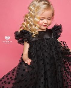 Ideas Children Party Photography Flower Girls For 2019 Little Girl Dresses, Girls Dresses, Flower Girl Dresses, Flower Girls, Baby Girl Fashion, Kids Fashion, Perfect Little Black Dress, Tulle Dress, Kind Mode