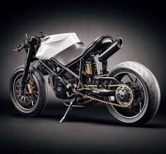 Ducati Custom Cafe Fighter by Eze Visuals