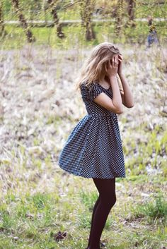 Cute polka dot dress with tights. Perfect for fall. Look Fashion, Autumn Fashion, Womens Fashion, Dot Dress, Dress Me Up, Cute Spring Outfits, Vestidos Vintage, Inspiration Mode, Zooey Deschanel