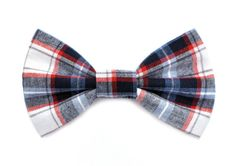 ✴️ Our Lawrence Bow Tie for Dogs is made of a navy, blue, white, and red woven cotton plaid. It easily slips onto your dogs collar and offers extra style for walks or special occasions.  ✴️ Our bow ties are available in three different sizes and attach with an elastic loop that slides onto you dogs collar.  ✴️ Please see the last image above for sizing information. ✴️ This item is Made To Order and wi