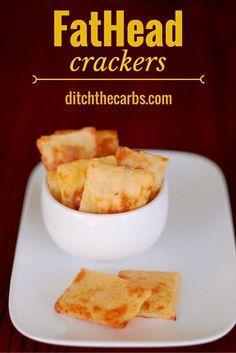 LOW CARB FATHEAD CRACKERS - Fathead pizza is famous in the world of low carb and keto. Now try fathead crackers. Atkins, Low Carb Bread, Low Carb Diet, Keto Bread, Ketogenic Recipes, Low Carb Recipes, Fat Head Recipes, Pescatarian Recipes, Fathead Crackers