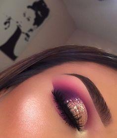 Makeup goals make up brows 53 ideas Glam Makeup, Baddie Makeup, Skin Makeup, Makeup Inspo, Eyeshadow Makeup, Makeup Inspiration, Makeup Ideas, Gold Eyeshadow, Makeup Box