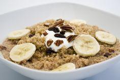 Owsianka na 6 sposobów- Jak urozmaicić swoje śniadanie? - znudziła Ci się zwykła owsianka? Wypróbuj owsianki na zimno, wytrawnej, rozgrzewającej itp.
