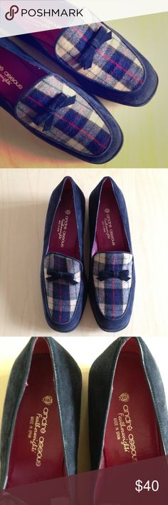 """Andre Assous navy blue plaid suede wedges w/bows EUC. Flawless, except very lite wear on soles. Soft navy blue suede with navy blue, cream, and red plaid. A blue suede bow adorns the front. """"Featherweights"""". Made in Spain. Two inch wedge. andre assous Shoes Wedges"""
