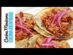 Cómo hacer Cochinita Pibil. Cocina Yucateca. Yuri de Gortari - YouTube