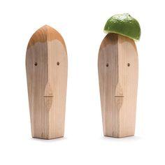 yaakov kaufman designs bruce, a juice lemon squeezer for monkey business
