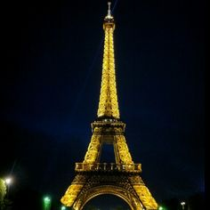 Took this pic on a bike tour around Paris :)