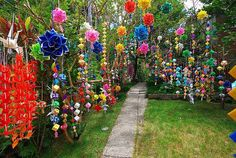 Mike's Ryukyu Gallery: Photo Essay: Tanabata Decorations are Up in Nanjo, Again ! Decor Wedding, Wedding Colors, Wedding Flowers, Wedding Decorations, Tanabata Festival, October Flowers, Diy And Crafts, Crafts For Kids, Sidewalk Chalk Art