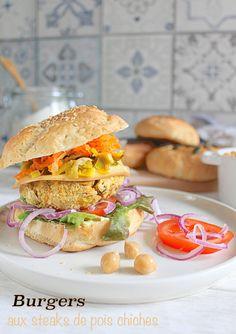 Burgers d'automne aux steaks de pois chiches végétaliens • Vegan fall burgers with chickpea patties #autumn #carrot #carottes #leek #poireau