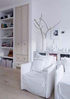 Great styling from Wanda de jong. White but warm. Beautiful built ins.