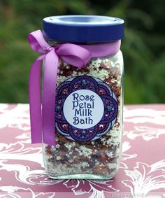 Think you don't have time for handmade gifts? This one is fast and easy to make! Real rose petals make this milk bath lovely and luxurious. Milk Bath Ingredients cup nonfat powdered milk ¼ cup E. Rose Petals Craft, Real Rose Petals, Craft Font, Bath Recipes, Milk Bath, Diy Spa, Homemade Beauty Products, Diy Products, Jar Gifts