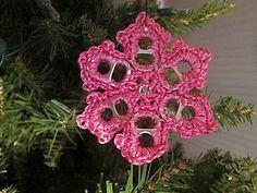 Snowflake with pop tabs - free crochet pattern by Lisa Neumeier