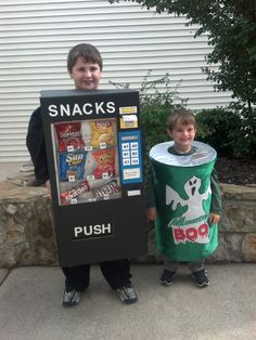 Vending Machine & Mt. Boo can (Halloween Costumes)