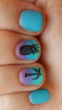 Beach summer sky blue stamped gel nails