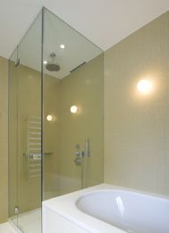 We have a wide collection of #showerscreens #frameless including square shower screens, single panel shower screens and more. http://www.vizzini.com.au/products/shower-screens-frameless.html