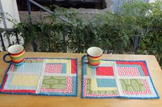 Improv Placemats, tutorial by Vanesa from New Nest Designs   Sew Mama Sew  