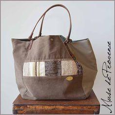 144b9e2746 Superbe sac cabas en patchwork beige.. Une création unique fait main.  EXTERIEUR -