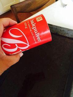 Superknepet – så blir ingrodda ugnsformen som ny igen! Bra Hacks, William Morris, Vintage Signs, Coca Cola, Cleaning, Life Hacks, Art Supplies, Anna, Diy