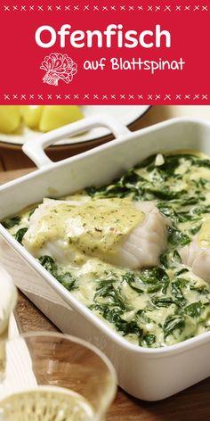 Aus dem Ofen Low Carb. Der zarte Ofenfisch auf einer Blattspinatwiese sorgt für vollen Genuss beim Essen. Wir wünschen dir einen guten Appetit.