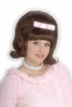 1950's HAIRSTYLES | 1950 s brown bouffant wig the 1950 s era brown bouffant women s wig is ...