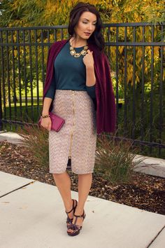 Fall 2015 preppy ladylike tweed jcrew outfit inspiration. The perfect colorblock: teal & burgundy