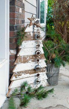 DIY Weihnachtsdeko aus Holz für die Tür