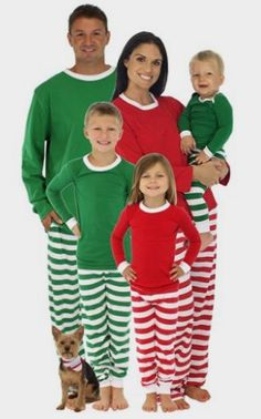 b2ee341df8 SleepytimePjs Family Matching Holiday Striped Knit Pajamas PJs Sets for  Family  Clothing Amazon http