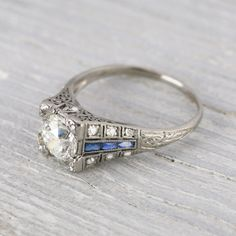 4 places to get the unique and vintage engagement ring you're looking for - Wedding Party