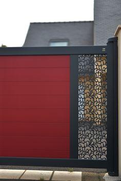 Lambig, portail en #aluminiumcontemporain avec #design Fresk. #bretagne #entrée #portail#alu #aluminium #deco #garden#outdoor #jardinextraordinaire #kostum#kostumbycadiou