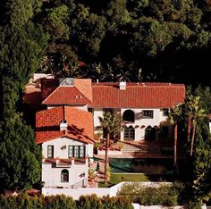 Hollywood While some celebrities are content to just buy houses that other celebs have owned, Jean Claude Van Damme had this place custom built just for him.