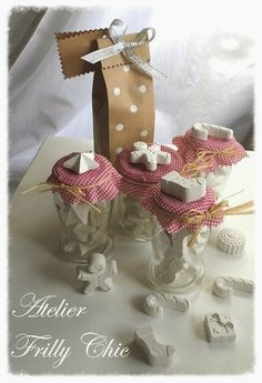 Atelier Frilly ChicGessi profumati per NataleAtelier Frilly Chic Handmade Christmas, Christmas Crafts, Christmas Ornaments, Wedding Favors, Party Favors, Diy Tops, Diy Projects To Try, Stocking Stuffers, Creations