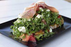 Open Capresse Sandwich