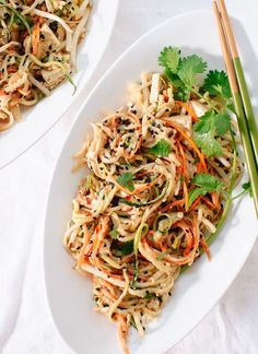 Low Carb Recipes To The Prism Weight Reduction Program Light, Healthy Spin On Pad Thai Using Raw Vegetable Noodles Instead Of Rice Noodles Savory Peanut Sauce Makes This Salad-Y Dish Irresistible. Detox Recipes, Raw Food Recipes, Asian Recipes, Low Carb Recipes, Vegetarian Recipes, Cooking Recipes, Healthy Recipes, Thai Recipes, Healthy Breakfasts